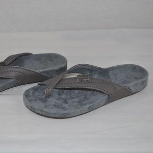 New EMU Sheeva Premium Leather Flip Flop, Size 5